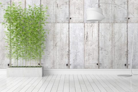 Une clôture en béton imitation bois